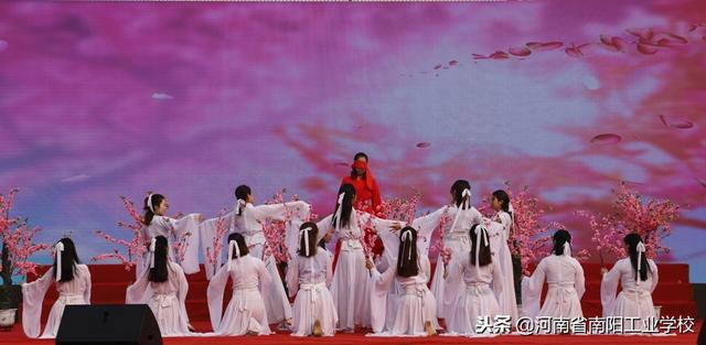 舞蹈《三生三世十里桃花》